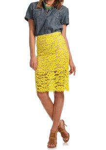 Trina Turk 100-150 156202 New With Tags Skirt