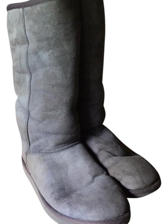 UGG Australia Gray Classic Ii Genuine Shearling Lined Tall Boots/Booties