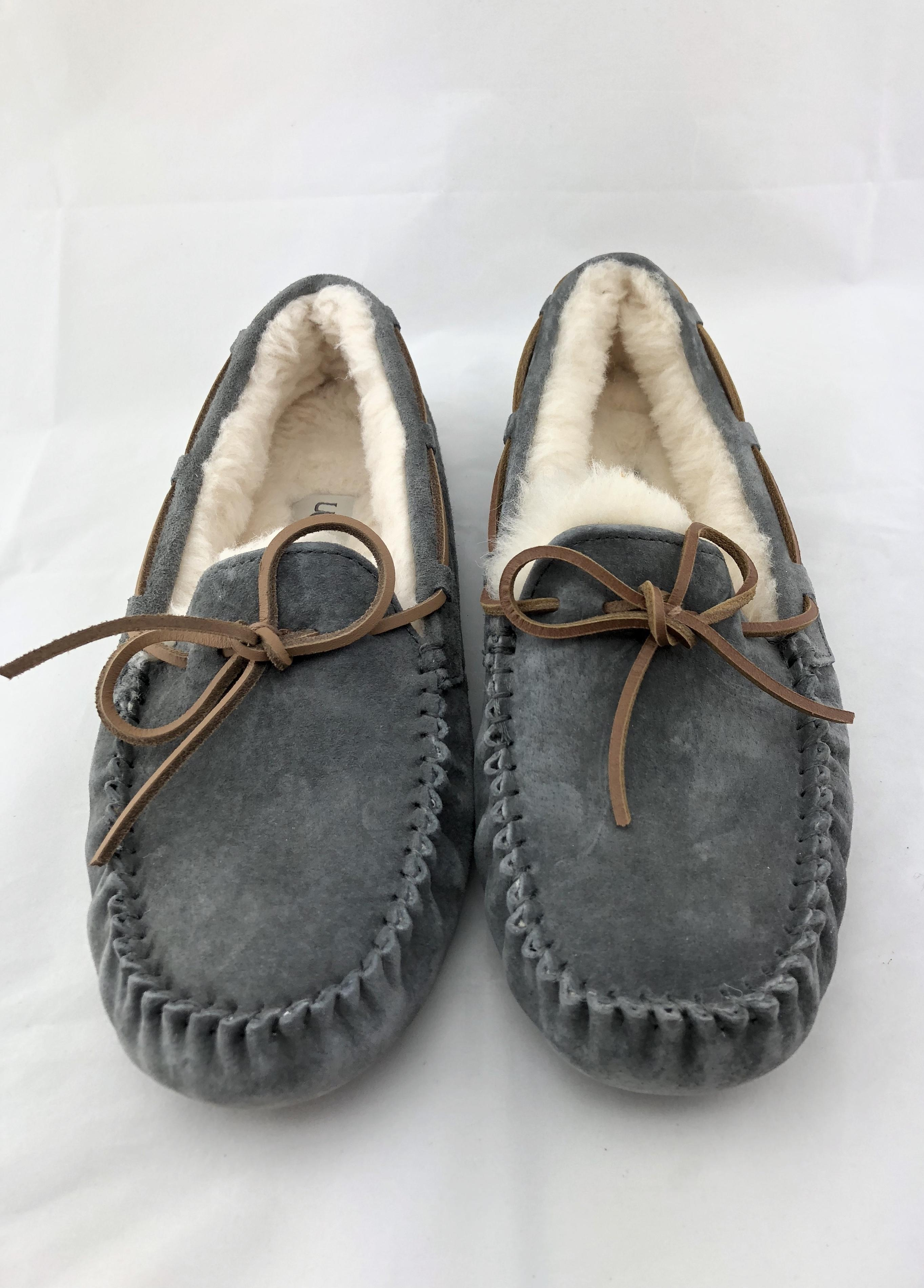 ... UGG Australia Moccasins Slipper House Rubber Sole Suede Gray Boots