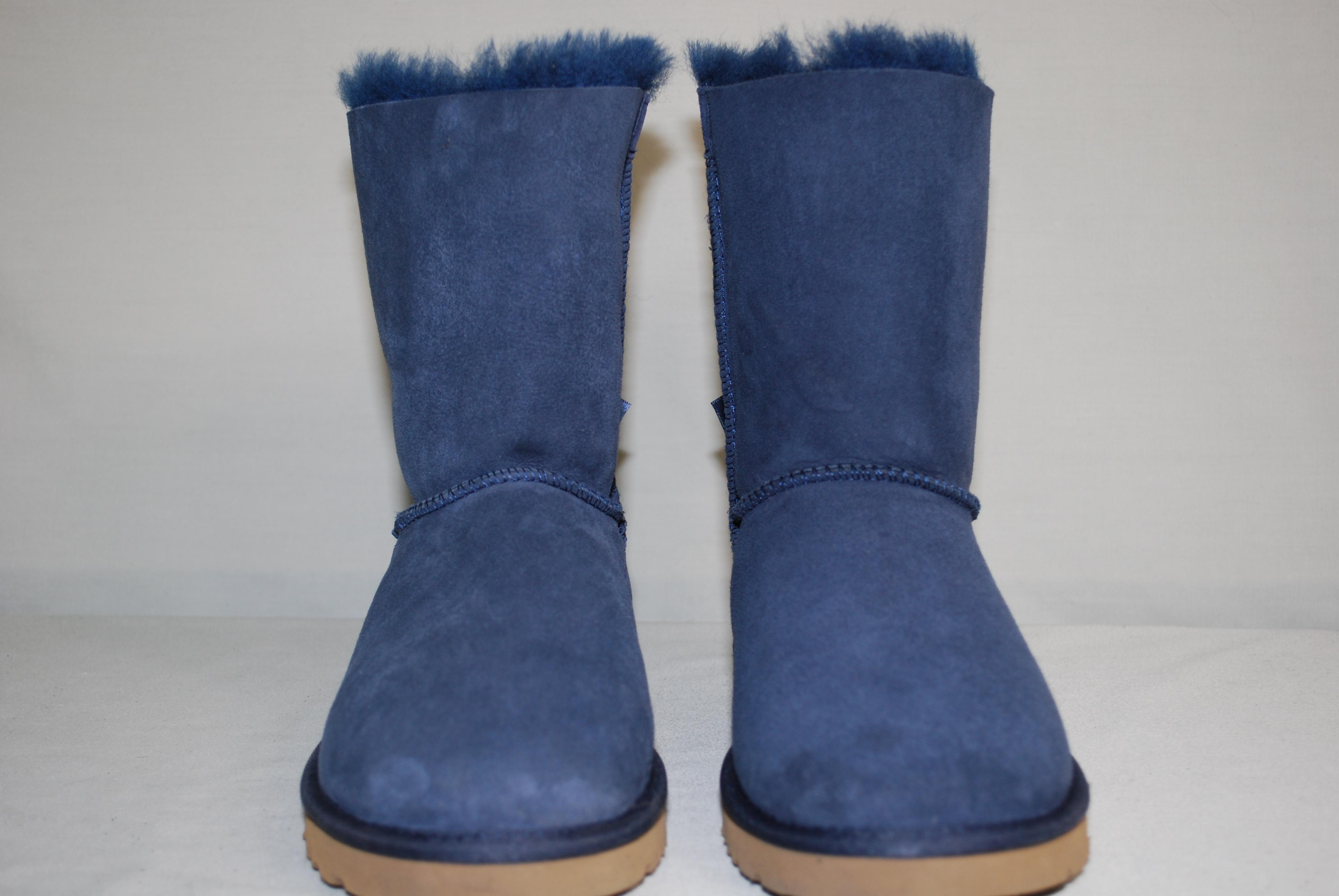 UGG Australia Classic Short Bailey Bow Us 9 Snow-winter Suede/Sheepskin Navy Blue. 12345678910