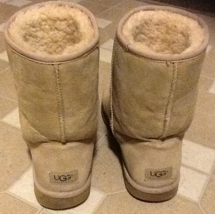 f59d81dbc11 authentic sand classic short ugg boots 84c86 88b02