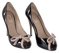 Valentino Patent Leather Peep Toe With Bow Platform Chic Black Pumps