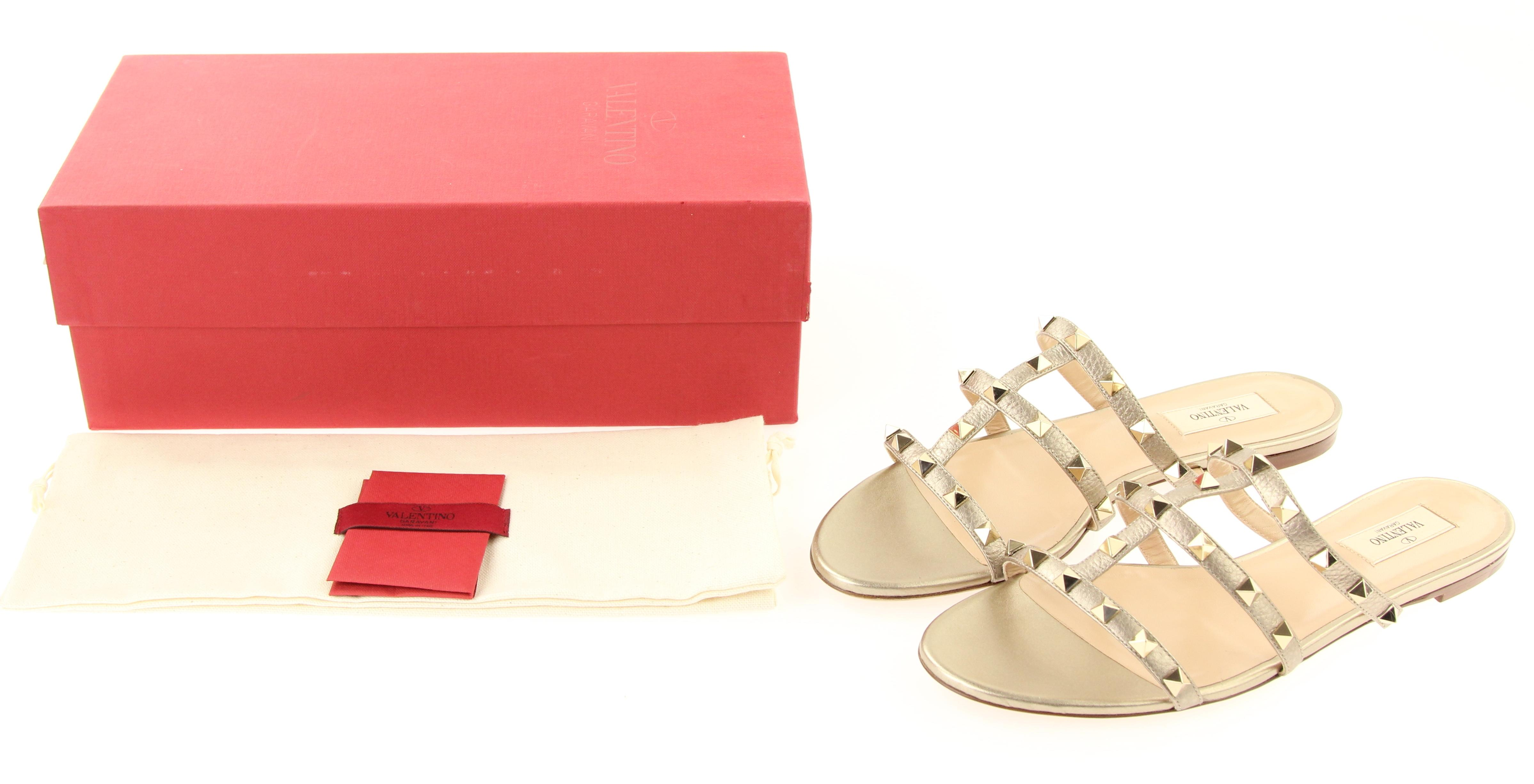 c8eb1a4fb03 ... Valentino Gold Classic Metallic Rockstud Caged Leather Slides Sandals  Sandals Sandals Size EU 40.5 (Approx ...