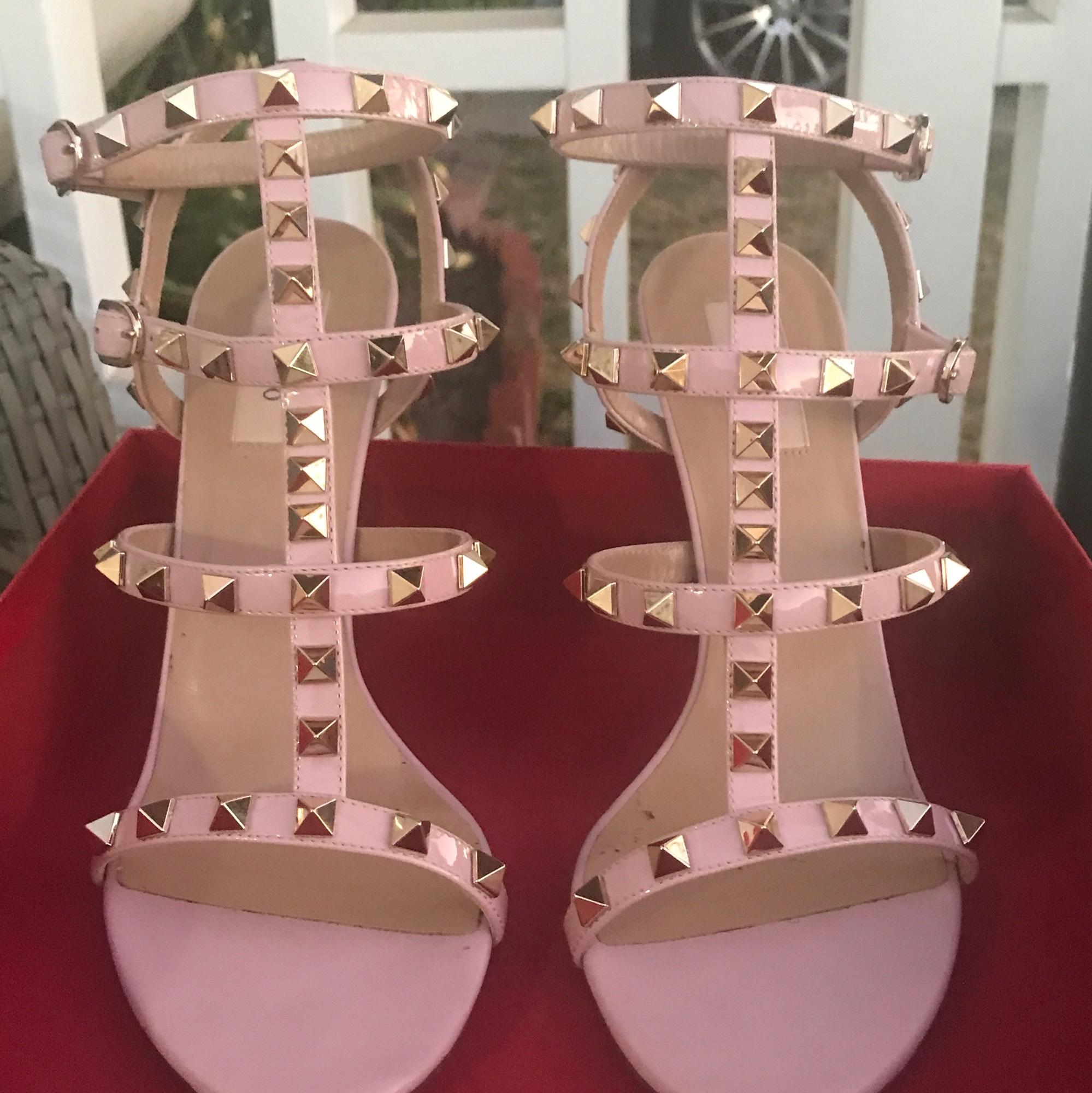 Valentino Pink Rockstud Leather Sandal Sneakers Size US 8.5 Regular (M, B)