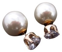 Van Sai Gold Plated Double Face Pearl and Crystal Button Earrings Stud Elegant