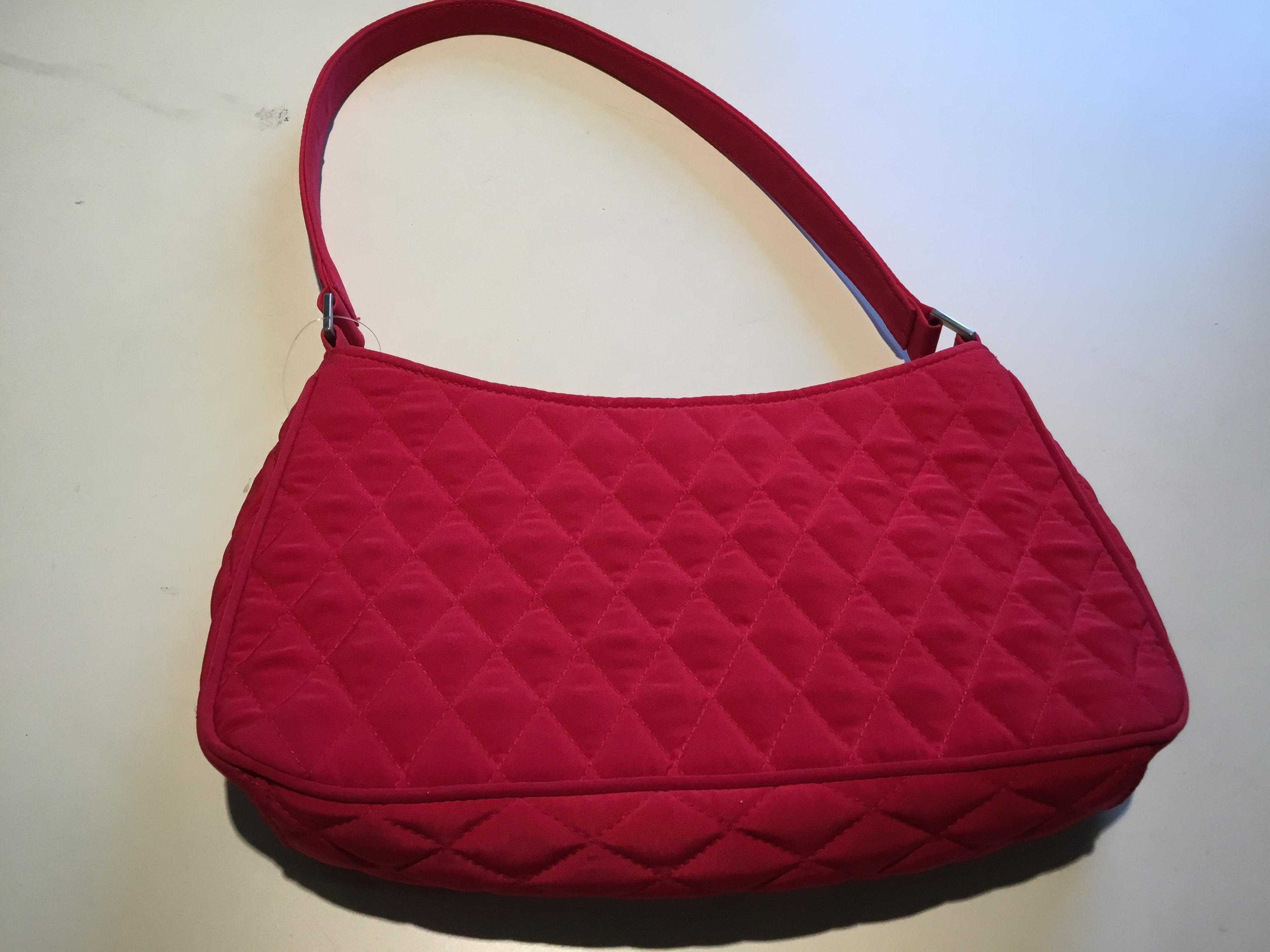 Vera Bradley Quilted Red Cloth Shoulder Bag Tradesy