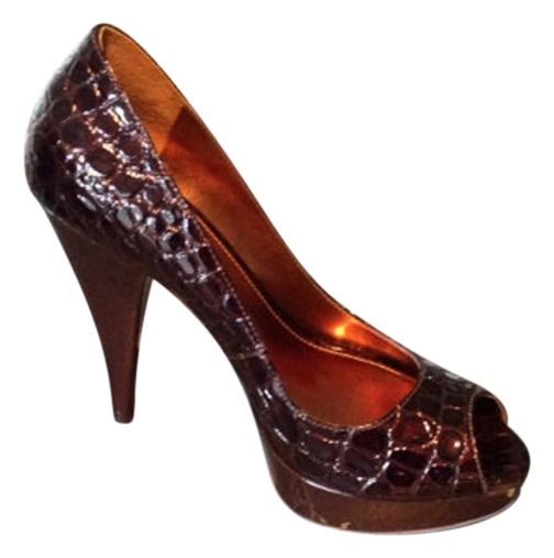 tumblr cheap price Via Spiga Embossed Pointed-Toe Pumps pictures online shop for sale online Nvboq