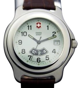 Victorinox Swiss Army Mens Stainless Steel High Quality Sports Quartz Watch C 2000 1239