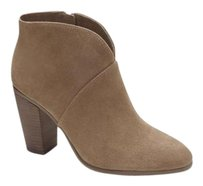 Vince Camuto Franell Notched WILD MUSHROOM VERONA Boots