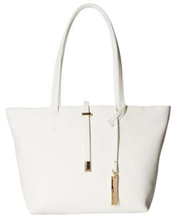 Vince Camuto Tote in Off White