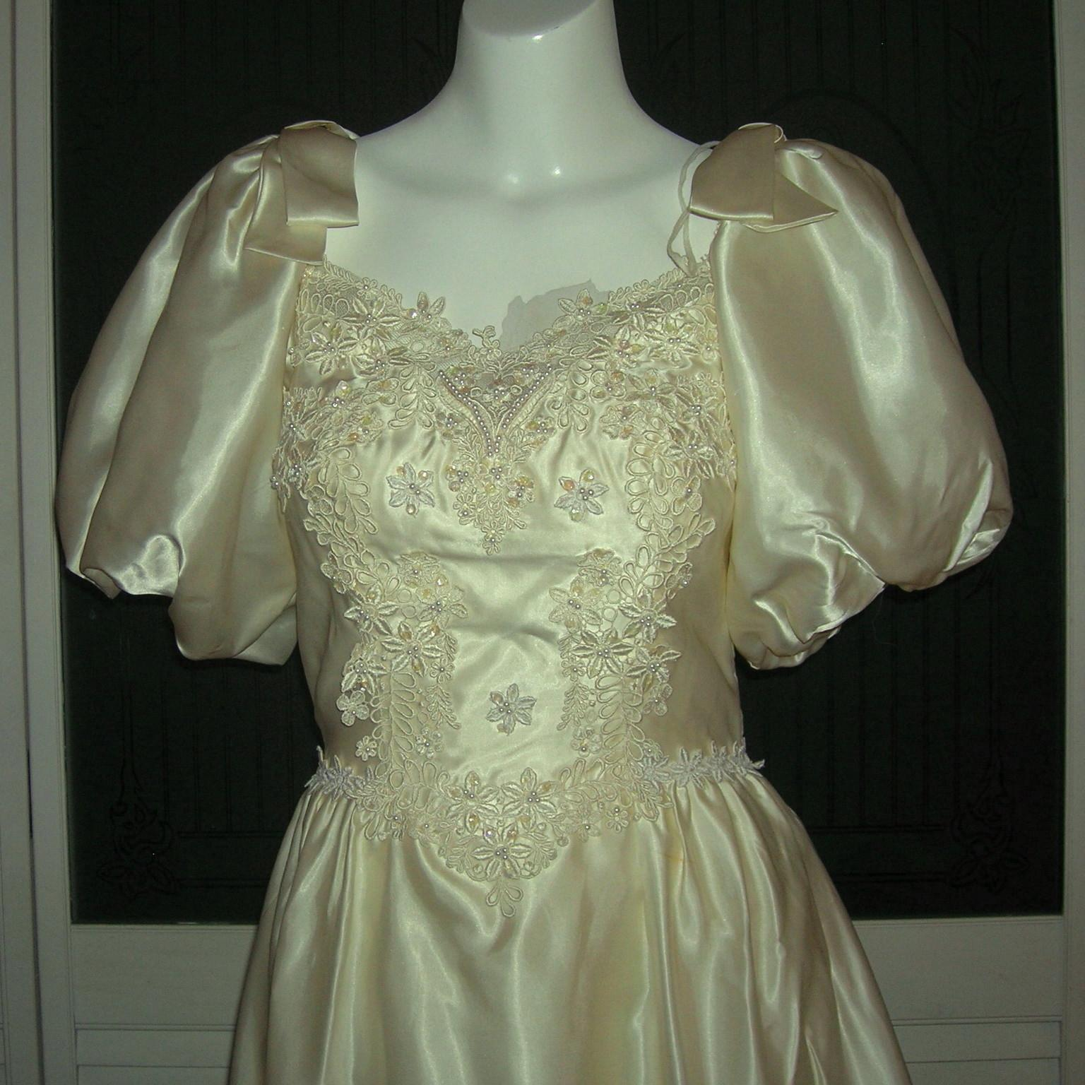 Vintage Liquid Satin Cinderella Bridal Gown Wedding Dress. Inexpensive Vintage Lace Wedding Dresses. Black Halter Wedding Dresses. Indian Wedding Dresses Buy Online. Hippie Summer Wedding Dresses. Vera Wang Jessica Wedding Dress. Wedding Guest Dresses Over 40. Color Accented Wedding Dress Designers. Wedding Dress In Plus Size On Sale
