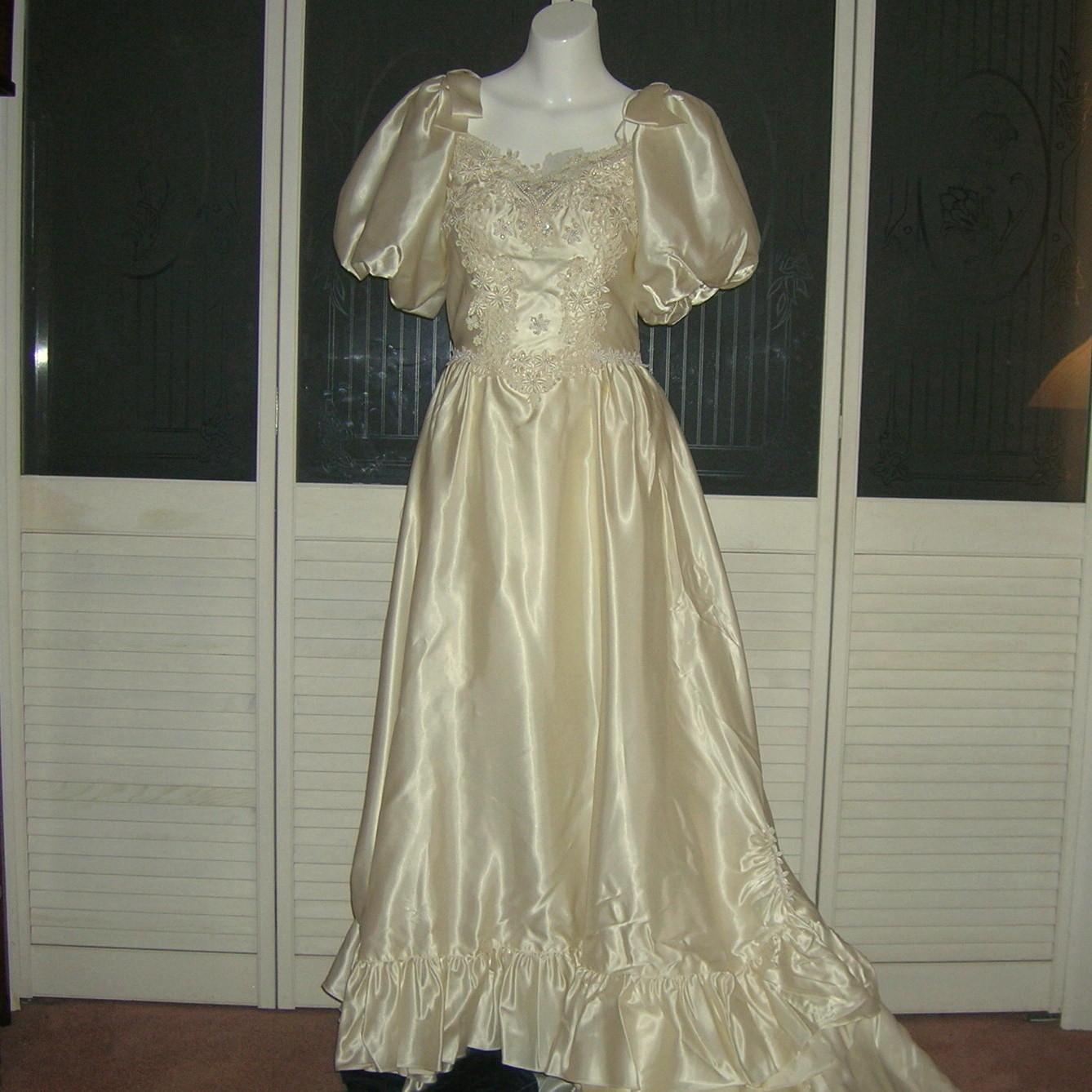 Vintage Liquid Satin Cinderella Bridal Gown Wedding Dress. Long Sleeve Wedding Dresses For Older Brides. Black Wedding Dresses Vera Wang. Cotton Wedding Dresses With Pockets. Pink Wedding Dresses Vera Wang. Corset Bras For Wedding Dresses Plus Size. Corset Wedding Dresses Australia. Tea Length Wedding Dress For Sale Australia. Hippie Wedding Dresses Nz