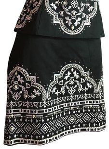 White House | Black Market Skirt Black/ White