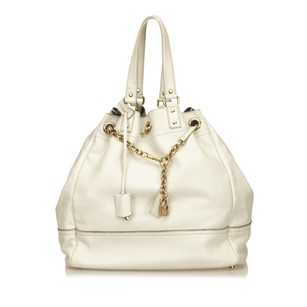 Saint Laurent Ivory Leather 6aysto006 Tote