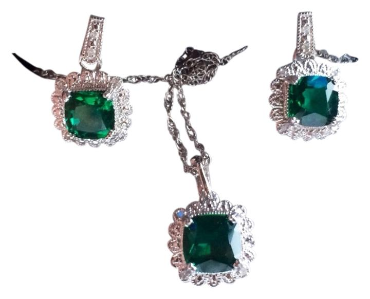 Zales accessories up to 90 off at tradesy for Where is zales jewelry