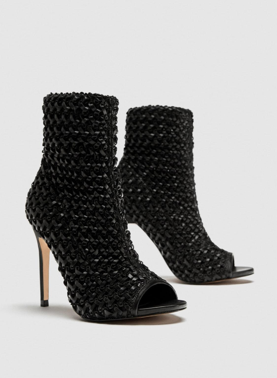 af8cfd589a93 ... Zara Black Braided Ankle Ankle Ankle Boot High Sandals Size US 5 Regular  (M