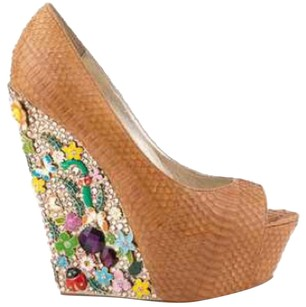ZIGI NEW YORK Wedges